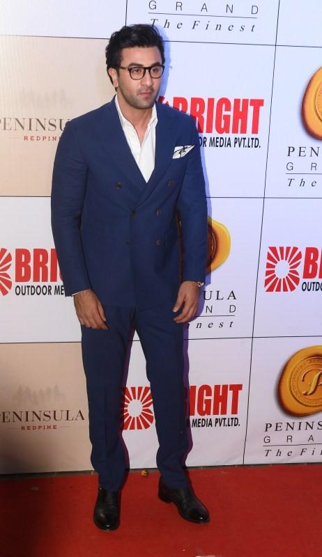 Hrithik Roshan,Ranbir Kapoor,Yuvraj Singh,Sonu Sood,Dr. Aneel Murarka,Neha Banerjee,Anjali Pandey,DJ Sheizwood,Neha banerjee,3rd Bright Awards,3rd Bright Awards 2017,Abhishek Bachchan