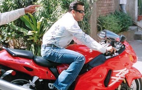 Salman Khan,actor Salman Khan,Salman Khan pics,Salman Khan images,Salman Khan pictures,Salman Khan Rare and Unseen Pics,Salman Khan rare pics,Salman Khan's rare and unseen images,salman khan unseen photos,unseen images of salman khan,salman khan workout