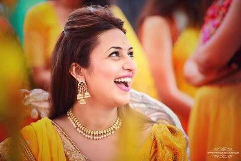 Divyanka Tripathi,Divyanka Tripathi Haldi ceremony,Divyanka Tripathi in yellow at her Haldi ceremony,Divyanka Tripathi glows in yellow at her Haldi ceremony,Divyanka Tripathi Haldi ceremony pics,Divyanka Tripathi Haldi ceremony images,Divyanka Tripathi Ha