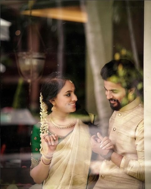 Neeraj Madhav,Neeraj Madhav wedding,Neeraj Madhav engagement,Neeraj Madhav engagement pics,Neeraj Madhav engagement images,Neeraj Madhav and Deepthi,Deepthi,Deepthi wedding