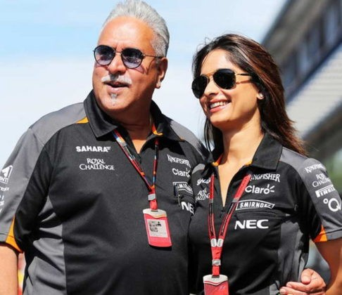 Vijay Mallya third marriage,Mallya to marry Pinky Lalwani,liquor baron Vijay Mallya,Air Hostess Pinky lalwani,Vijay Mallya to marry Pinki Lalwani