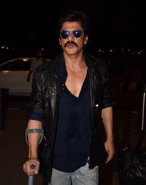 Shahrukh Khan,Shahrukh Khan First look in Dilwale,Dilwale first look,Dilwale 2015,Dilwale movie pics,Dilwale movie images,Dilwale movie stills,Shahrukh Khan pics,Shahrukh Khan images,Shahrukh Khan stills,Shahrukh Khan photos,Shahrukh Khan pictures,Shahruk