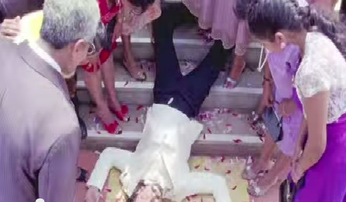 Ranveer Singh as dead man in 'Finding Fanny'