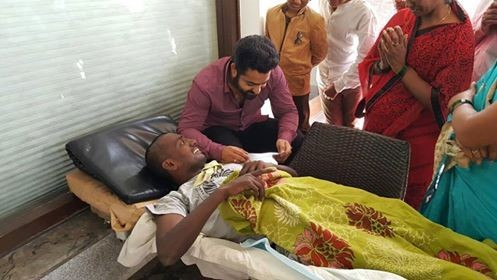 Jr. NTR,JrNTR,Jr. NTR meets cancer patient Nagarjuna,Jr. NTR meets Nagarjuna,Nagarjuna,Jr. NTR latest pics,Jr. NTR latest images,Jr. NTR latest photos,Jr. NTR latest stills,Jr. NTR latest pictures