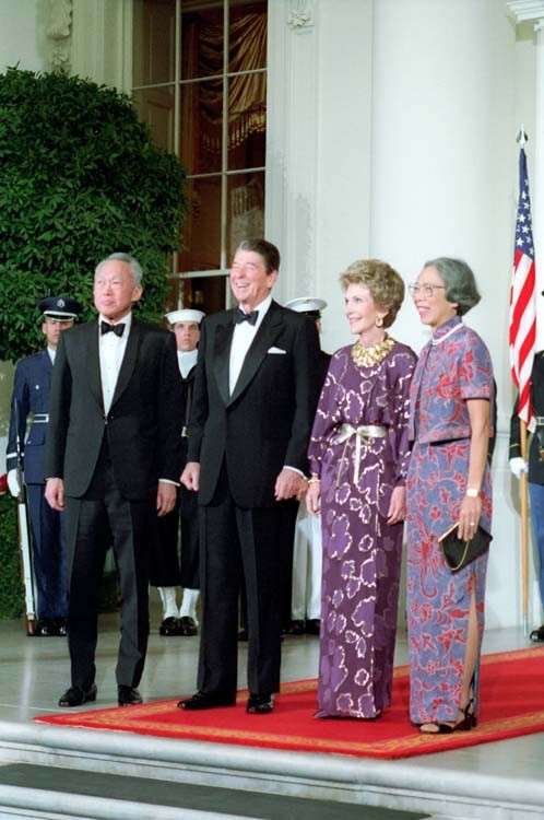 Lee Kuan Yew and his wife with Ronald Reagan, the US president, and his wife on 8 October 1985