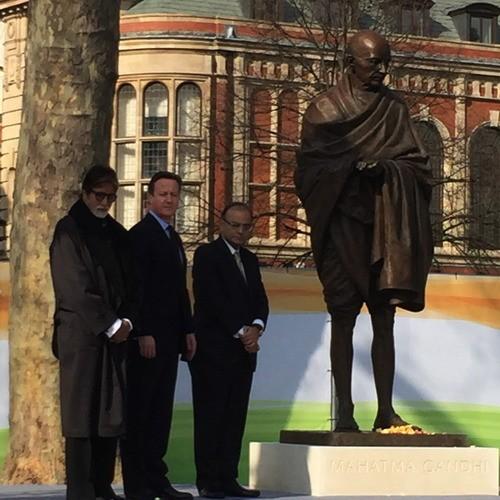 Amitabh Bachchan,Mahatma Gandhi,Mahatma Gandhi Statue,Mahatma Gandhi Statue in UK Parliament Square,British Prime Minister David Cameron,Arun Jaitley,london,photos