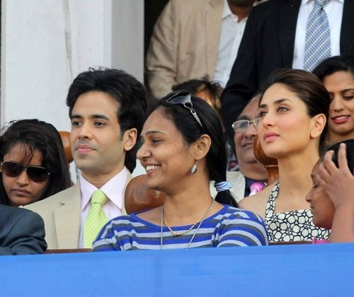 Kareena Kapoor and Tusshar Kapoor at Mid Day trophy event