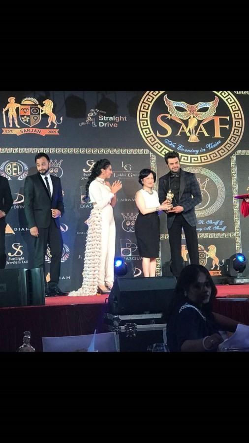 Maniesh Paul,actor Maniesh Paul,Asia award,SAAF's best host,Maniesh Paul pics,Maniesh Paul images,Maniesh Paul stills,Maniesh Paul pictures,Maniesh Paul photos