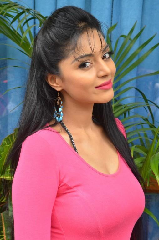 Sanam Shetty,actress Sanam Shetty,Sanam Shetty Latest Pictures,Sanam Shetty Latest pics,Sanam Shetty Latest images,Sanam Shetty Latest photos,Sanam Shetty Latest stills,Sanam Shetty Latest gallery