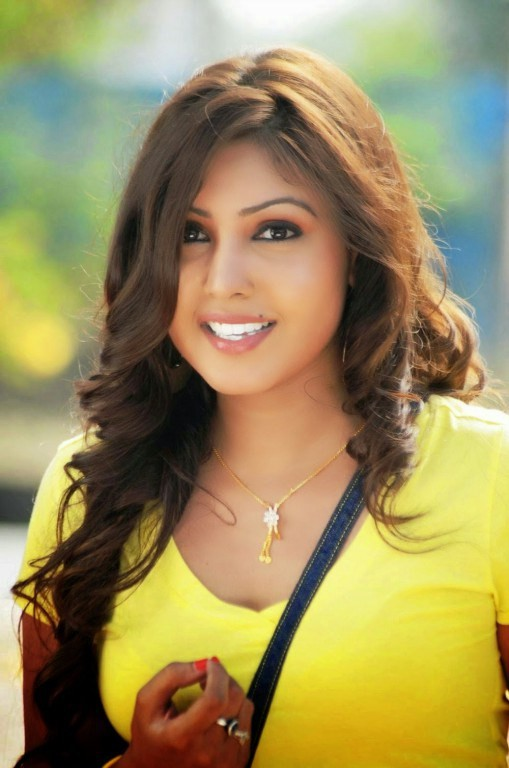 Komal Jha,actress Komal Jha,Komal Jha pics,Komal Jha images,Komal Jha photos,Komal Jha stills,telugu actress Komal Jha,south indian actress,actress pics,actress images,actress photos