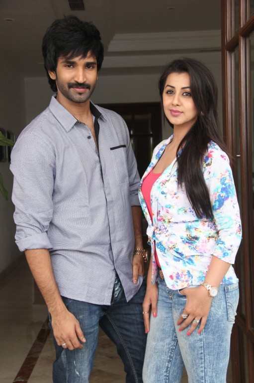 Yagavarayinum Naa Kaakka,Yagavarayinum Naa Kaakka Movie Press Meet,Yagavarayinum Naa Kaakka Press Meet,Aadhi and Nikki Galrani,Aadhi,Nikki Galrani