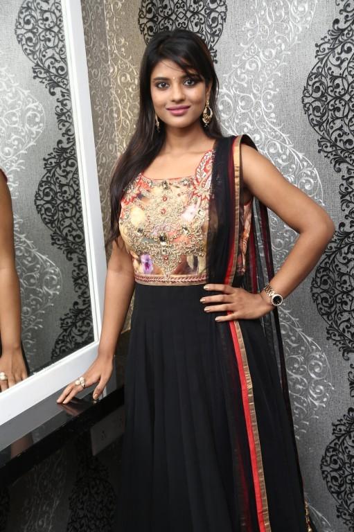 Aishwarya Rajesh,actress Aishwarya Rajesh,Aishwarya Rajesh New Stills,Aishwarya Rajesh New pics,Aishwarya Rajesh New images,Aishwarya Rajesh New photos,Aishwarya Rajesh New pictures