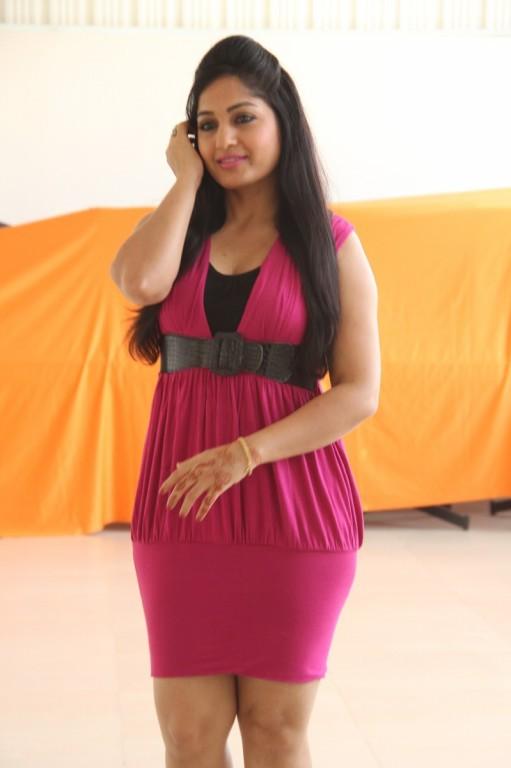 Madhavi Latha,actress Madhavi Latha,South Indian actress Madhavi Latha,Madhavi Latha Latest Stills,Madhavi Latha Latest pics,Madhavi Latha Latest images,Madhavi Latha Latest photos,Madhavi Latha Latest pictures