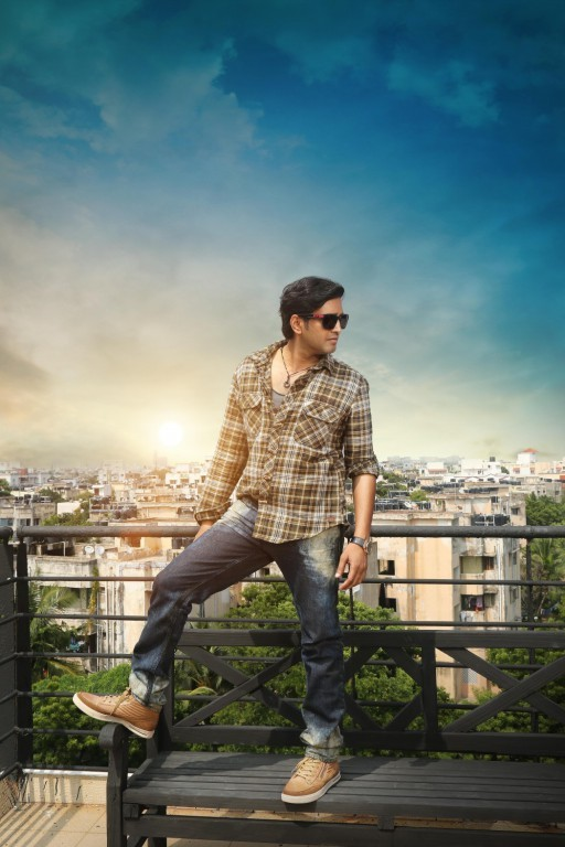 Santhanam,actor Santhanam,comedy actor Santhanam,Santhanam latest Pics,Santhanam latest images,Santhanam latest photos,Santhanam latest stills,Santhanam pics,Santhanam images,Santhanam stills,Santhanam photos,Innimey Ippadithaan,Santhanam in Innimey Ippad