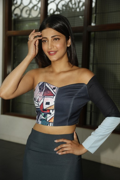 Shruti Hassan,actress Shruti Hassan,Shruti Hassan Latest pics,Shruti Hassan Latest images,Shruti Hassan Latest stills,Shruti Hassan Latest photos,Shruti Hassan Latest pictures,south indian actress Shruti Hassan