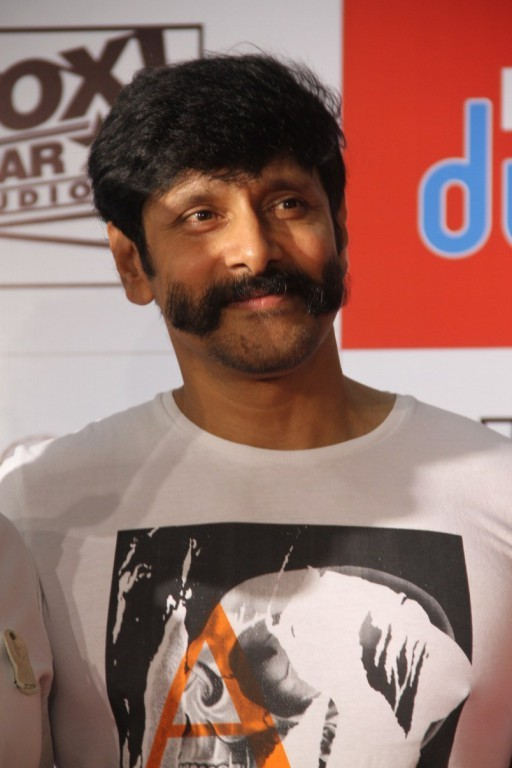 Vikram,Chiyaan Vikram,actor vikram,Vikram's New Look for his Next Movie,Vikram's New Look,Vikram latest pics,Vikram latest images,Vikram latest photos,Vikram latest stills,Vikram latest pictures,Vikram latest gallery