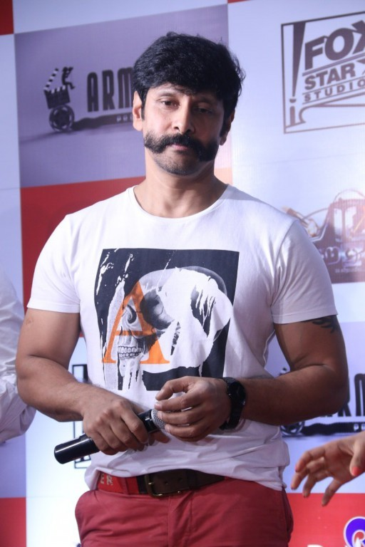 Vikram S New Look For His Next Movie Photos Images