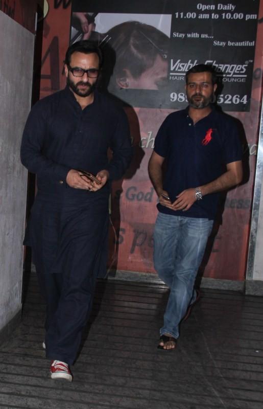 Manjari Phadnis and Saif Ali Khan,Manjari Phadnis,Saif Ali Khan,Manjari Phadnis spotted at Juhu,Saif Ali Khan spotted at Juhu,Celebs at Juhu
