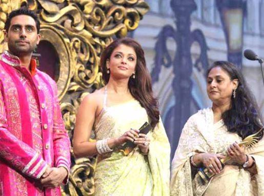 Abhishek Bachchan, Aishwarya Rai, Jaya Bachchan