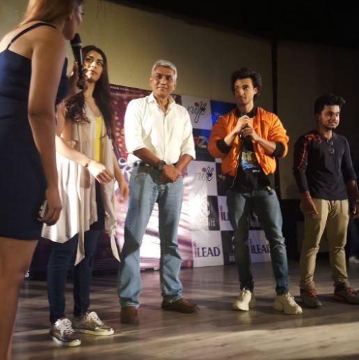 Aayush Sharma and Warina Hussain,Aayush Sharma,Warina Hussain,Loveratri,Loveratri promotion,Loveratri movie promotion