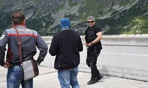 Ajith,Thala 57 working stills,Thala 57,Thala 57 on the sets,Tamil movie Thala 57,Thala 57 shooting,Thala 57 shooting pics,Thala 57 shooting images,Thala 57 shooting photos,Thala 57 shooting pictures