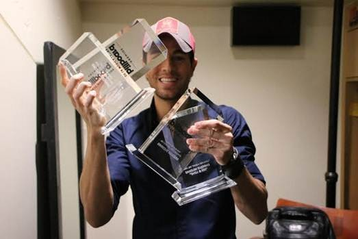 Enrique Iglesias with his Billboard Latin Music Awards