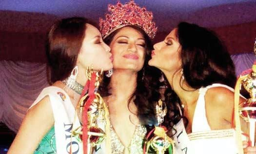 Miss Asia Pacific 2012 Himangini Singh Yadu (C) with 1st-runner-up Tuyanaa Temenjargal of Mongolia (R) and 2nd-runner-up Diana Kubasova of Latvia. Image: Facebook