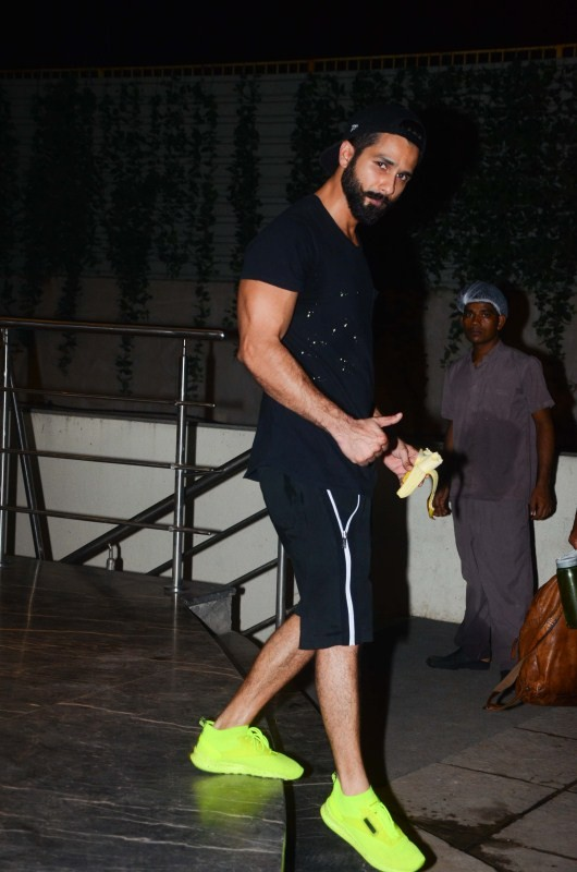 Shahid Kapoor,Aditya Roy Kapur,Shahid Kapoor spotted after gym session,Shahid Kapoor after gym session,Aditya Roy Kapur spotted after gym session,Aditya Roy spotted after gym session