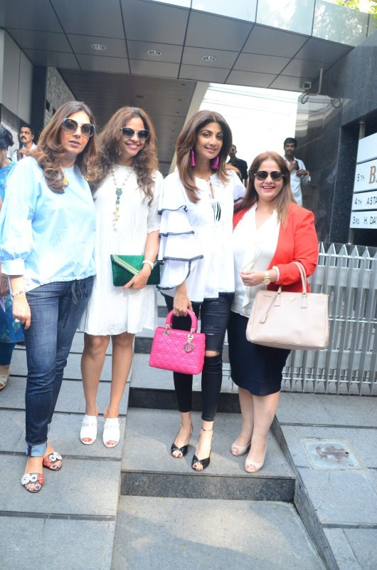 Shilpa Shetty,actress Shilpa Shetty,Kiran Bawa birthday,Kiran Bawa,Kiran Bawa birthday launch,Shilpa Shetty at Kiran Bawa birthday lunch,Kiran Bawa birthday lunch party