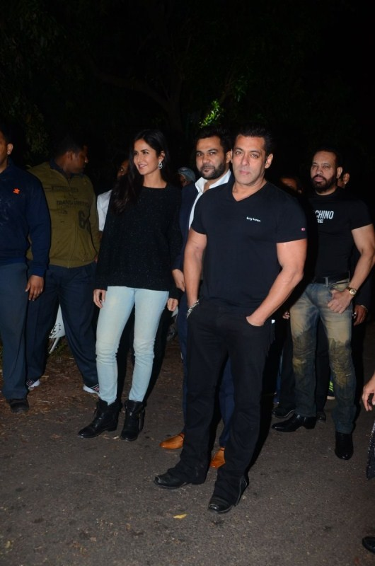 Salman Khan,Happy birthday Salman Khan,Salman Khan birthday celebration,Salman Khan birthday celebration pics,Katrina Kaif,Salman Khan birthday celebration images,Salman Khan birthday celebration stills,Salman Khan birthday celebration pictures,Salman Kha