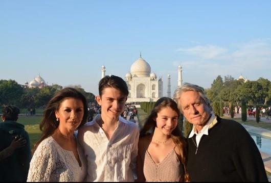 Catherine Zeta-Jones ticks off India from her bucket list; enjoys family time with husband Michael Douglas [PHOTOS] - IBTimes India