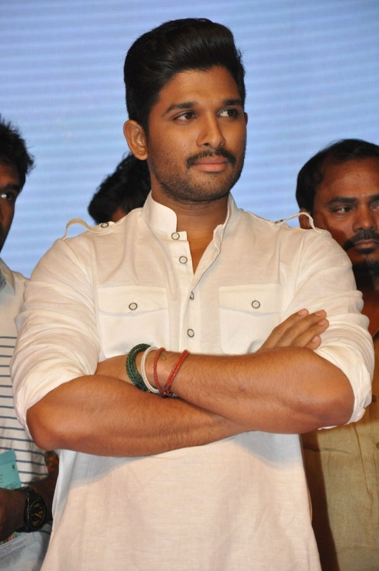 Allu Arjun,actor Allu Arjun,south indian actor Allu Arjun,telugu actor Allu Arjun,Allu Arjun Latest Pictures,Allu Arjun Latest pics,Allu Arjun Latest images,Allu Arjun Latest photos,Allu Arjun Latest stills