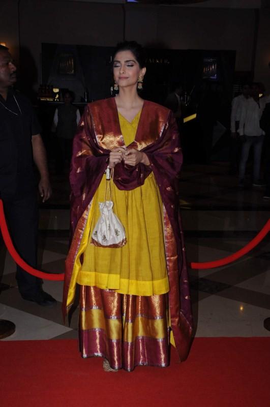 Sonam Kapoor,actress Sonam Kapoor,Lokmat Maharashtra Most Stylish Awards,Lokmat Maharashtra,Most Stylish Awards,Sonam Kapoor pics,Sonam Kapoor images,Sonam Kapoor photos,Sonam Kapoor stills,Sonam Kapoor pictures
