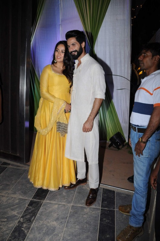 Shahid Kapoor,Mira Rajput,Shahid Kapoor and Mira Rajput,Shahid Kapoor and Mira Rajput pics,Shahid Kapoor and Mira Rajput images,Shahid Kapoor and Mira Rajput photos,Shahid Kapoor and Mira Rajput stills,Shahid Kapoor and Mira Rajput pictures,Mandana Karimi