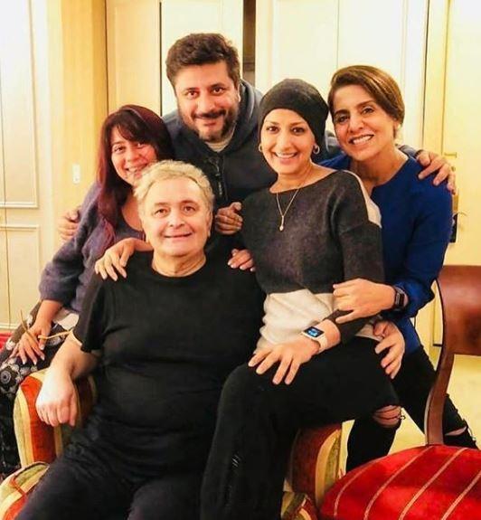 Rishi Kapoor,Neetu Kapoor,Priyanka Chopra,Sonali Bendre,New York,Agneepath