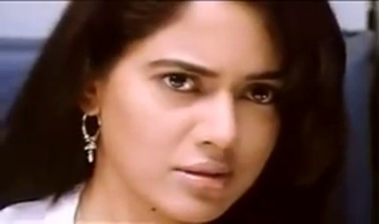 Sameera Reddy (Screenshot from YouTube Video)