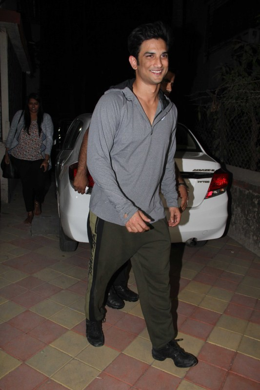 Sushant Singh Rajput and Jacqueline Fernandez,Sushant Singh Rajput,Jacqueline Fernandez,Sushant Singh Rajput spotted at Bandra