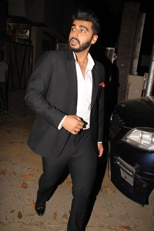 Arjun Kapoor and Shraddha Kapoor,Arjun Kapoor,Shraddha Kapoor,Arjun Kapoor spotted at Mohit Suri,Shraddha Kapoor spotted at Mohit Suri,Mohit Suri office