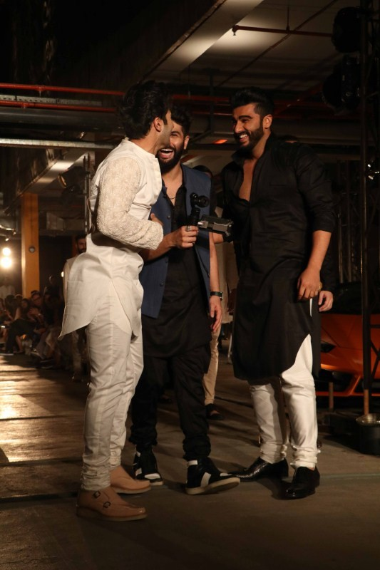 Arjun Kapoor,Varun Dhawan,Lakme Fashion Week,Lakme Fashion Week 2017,Lakme Fashion Week pics,Lakme Fashion Week images,Lakme Fashion Week photos,Lakme Fashion Week stills,Lakme Fashion Week pictures