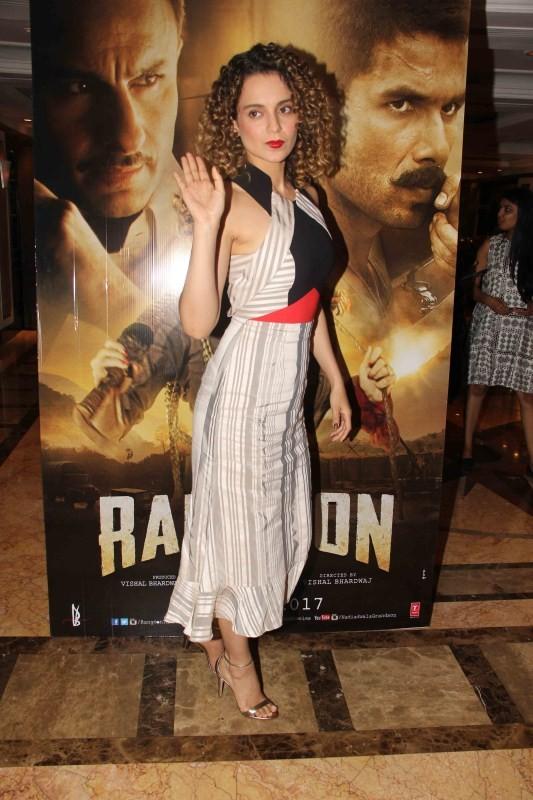Kangna Ranaut,actress Kangna Ranaut,Rangoon,Kangna Ranaut promotes Rangoon,Rangoon promotion,Rangoon movie promotion,Kangna Ranaut pics,Kangna Ranaut images,Kangna Ranaut photos,Kangna Ranaut stills,Kangna Ranaut pictures