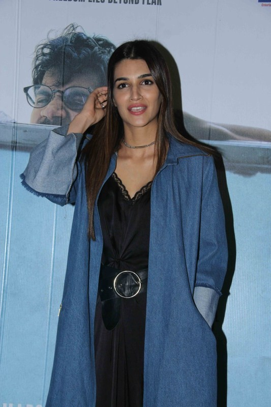 Taapsee Pannu,Rajkummar Rao,Kriti Sanon,Richa Chadda,Trapped,Trapped special screening,Trapped special screening pics,Trapped special screening images,Trapped special screening photos,Trapped special screening stills,Trapped special screening pictures