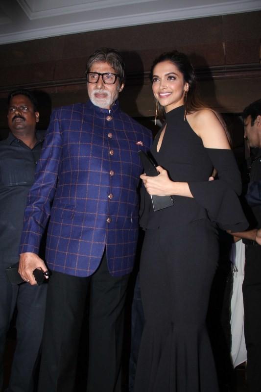 Amitabh Bachchan and Deepika Padukone,Amitabh Bachchan,Deepika Padukone,HT Most Stylish Awards 2017,HT Most Stylish Awards,Deepika Padukone at HT Most Stylish Awards 2017,Deepika Padukone at HT Most Stylish Awards,Amitabh Bachchan at HT Most Stylish Award