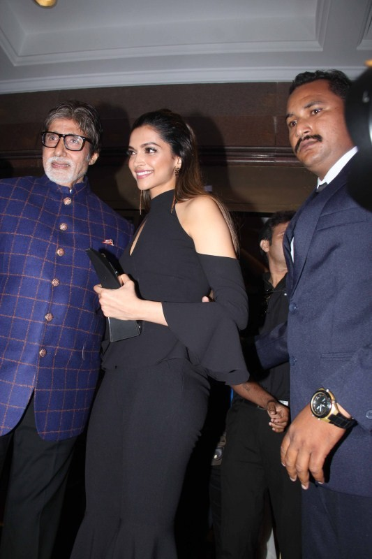 Amitabh Bachchan and Deepika Padukone,Amitabh Bachchan,Deepika Padukone,HT Most Stylish Awards 2017,HT Most Stylish Awards,Deepika Padukone at HT Most Stylish Awards 2017,Deepika Padukone at HT Most Stylish Awards,Amitabh Bachchan at HT Most Stylish Award