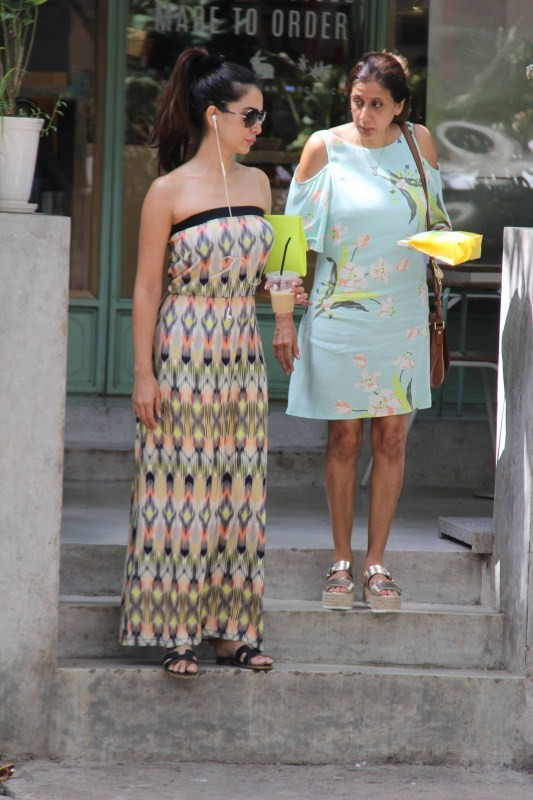Kim Sharma,actress Kim Sharma,Kim Sharma pics,Kim Sharma images,Kim Sharma stills,Kim Sharma pictures,Kim Sharma photos