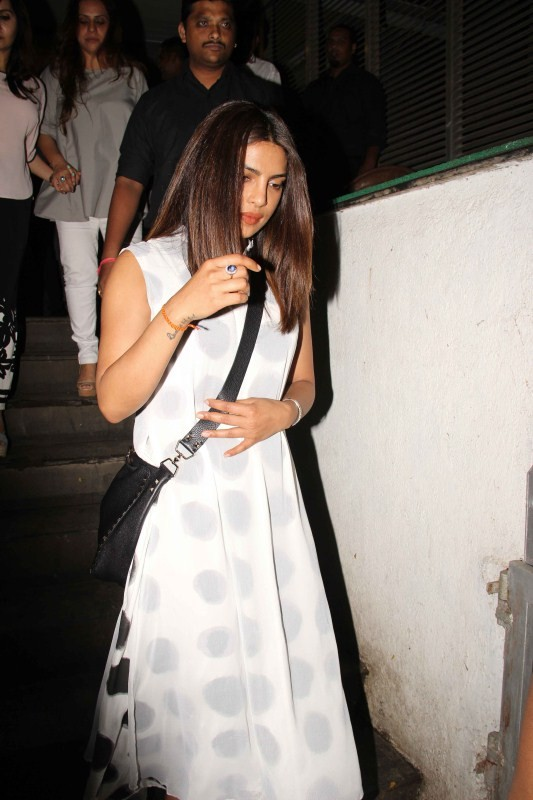 Priyanka Chopra,actress Priyanka Chopra,bollywood actress Priyanka Chopra,Priyanka Chopra spotted with family and friends at Hakkasan,Priyanka Chopra at Hakkasan,Priyanka Chopra spotted with family and friends,Priyanka Chopra spotted with family,Priyanka