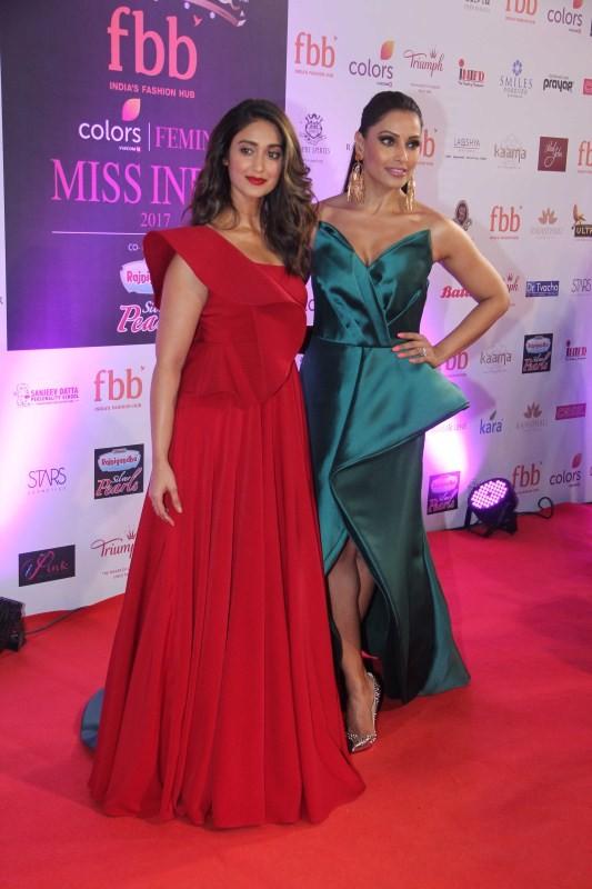 Bipasha Basu and Ileana D'Cruz,Bipasha Basu,Ileana D'Cruz,Bipasha Basu at Miss India 2017,Ileana D'Cruz at Miss India 2017,Miss India 2017,Miss India,Femina Miss India World 2017