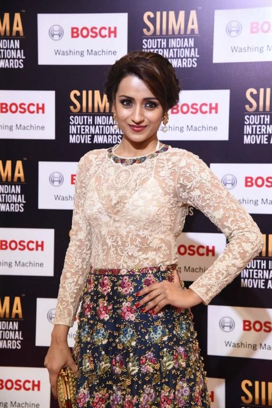 Trisha Krishnan spotted at SIIMA Awards 2017 - Photos,Images