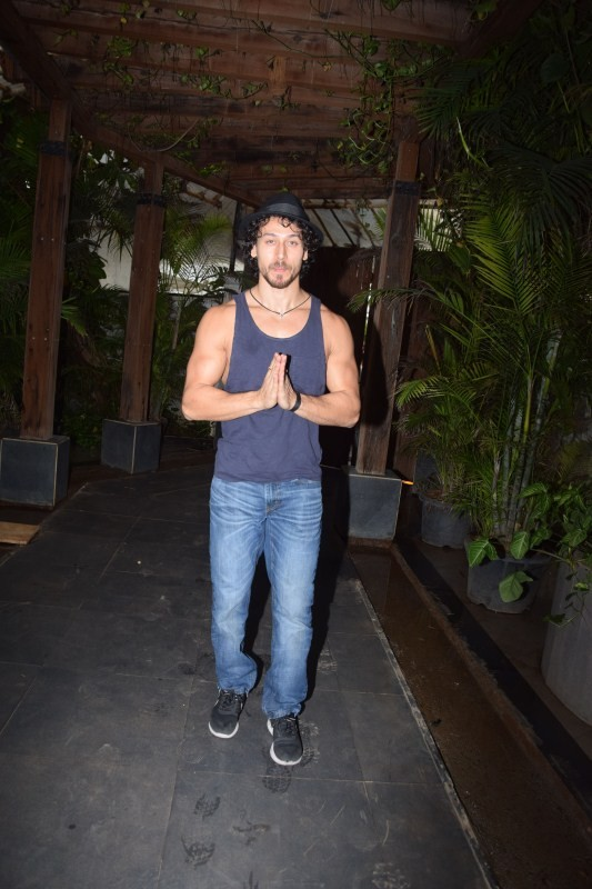 Tiger Shroff,actor Tiger Shroff,Tiger Shroff at Sajid Nadiadwala office,Tiger Shroff meets Sajid Nadiadwala