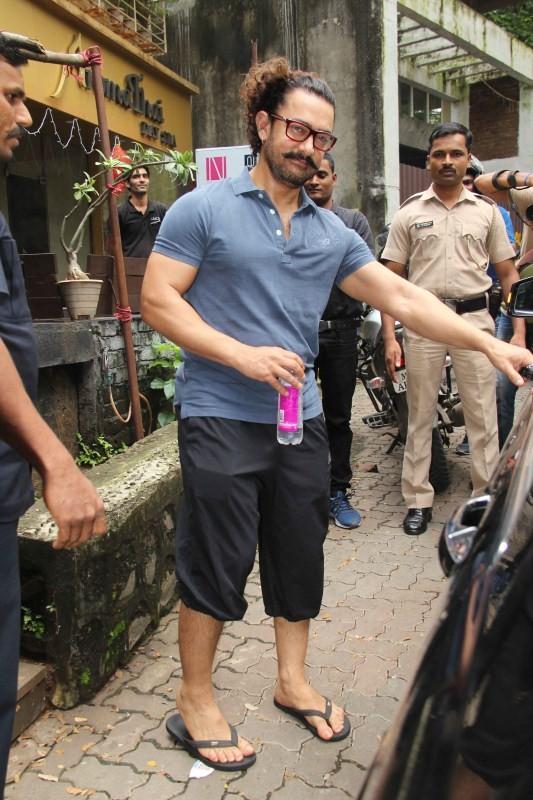 Aamir Khan,actor Aamir Khan,Aamir Khan at Thai Spa,Aamir Khan at Thai Spa at Bandra,actor Aamir Khan at Thai Spa,Aamir Khan at Spa