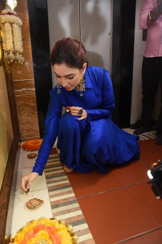 Tamanna Bhatia,Tamanna,actress Tamanna Bhatia,Tamannaah,Tamannaah celebrates Diwali,Tamannaah Diwali Photo Shoot,Tamannaah Diwali pics,Tamannaah Diwali images,Tamannaah Diwali stills,Tamannaah Diwali pictures,Tamannaah Diwali photos